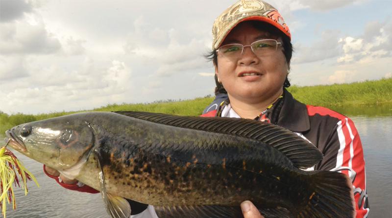 Khusnul Chotimah F. A: Lady Angler Petualang