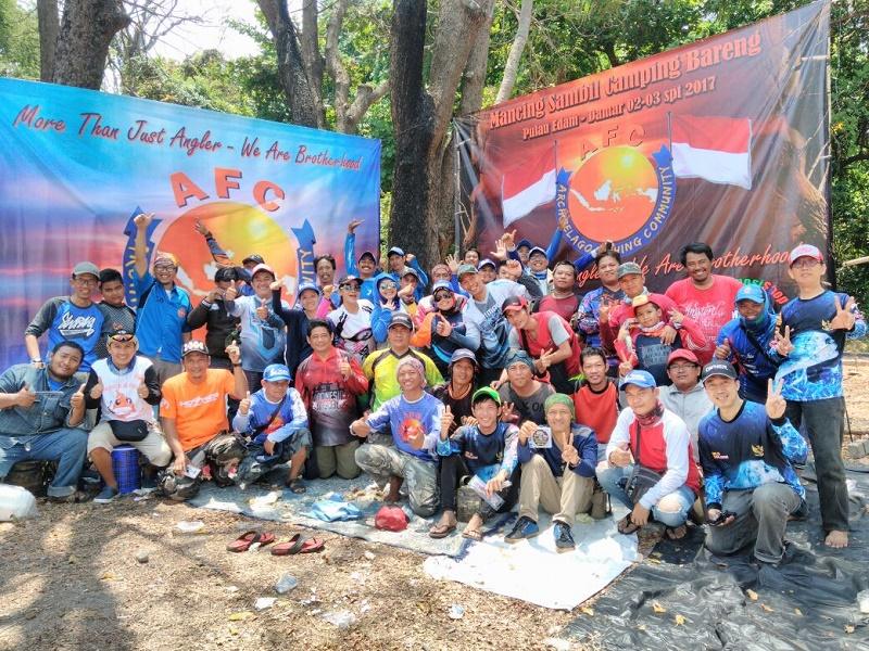 Camping Sambil Mancing Bareng Ala AFC