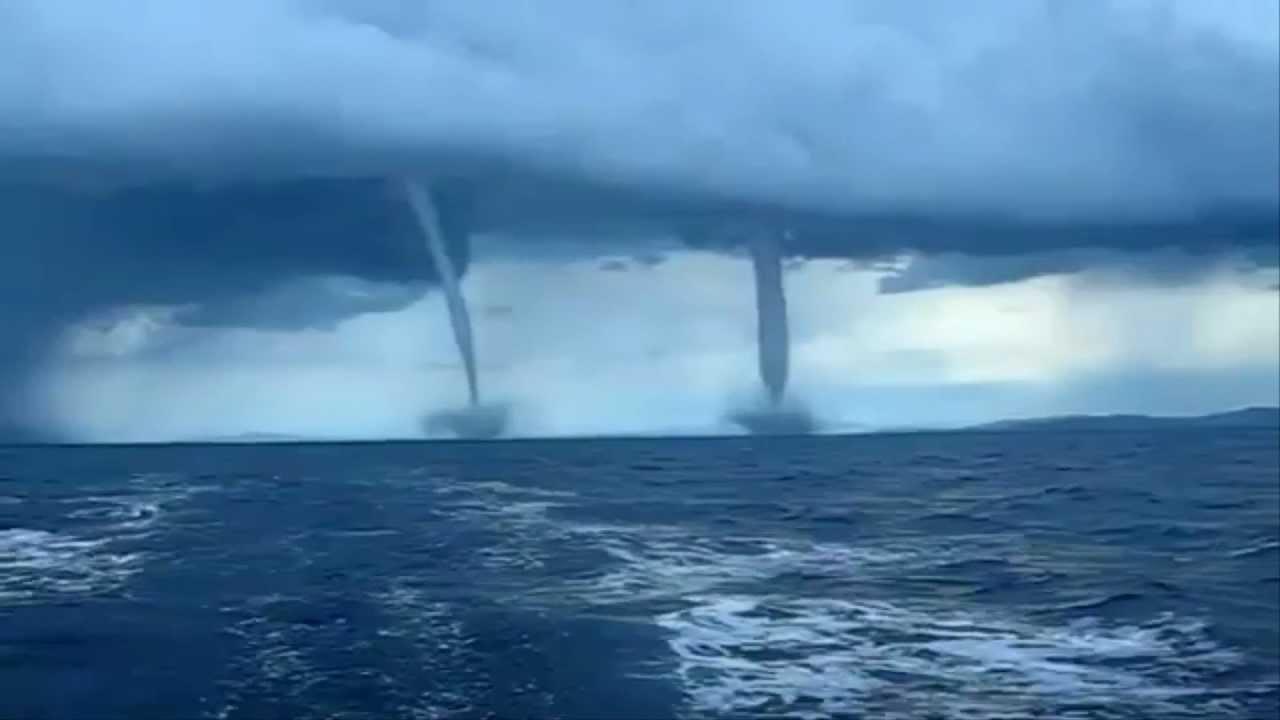 Fenomena Angin Tornado Di Laut Jakarta, Seberapa Bahaya Bagi Pemancing?