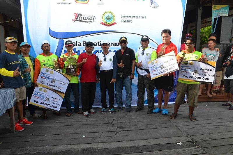 Tim Asal Kalimantan Rajai Turnamen Piala Bupati Berau 2017