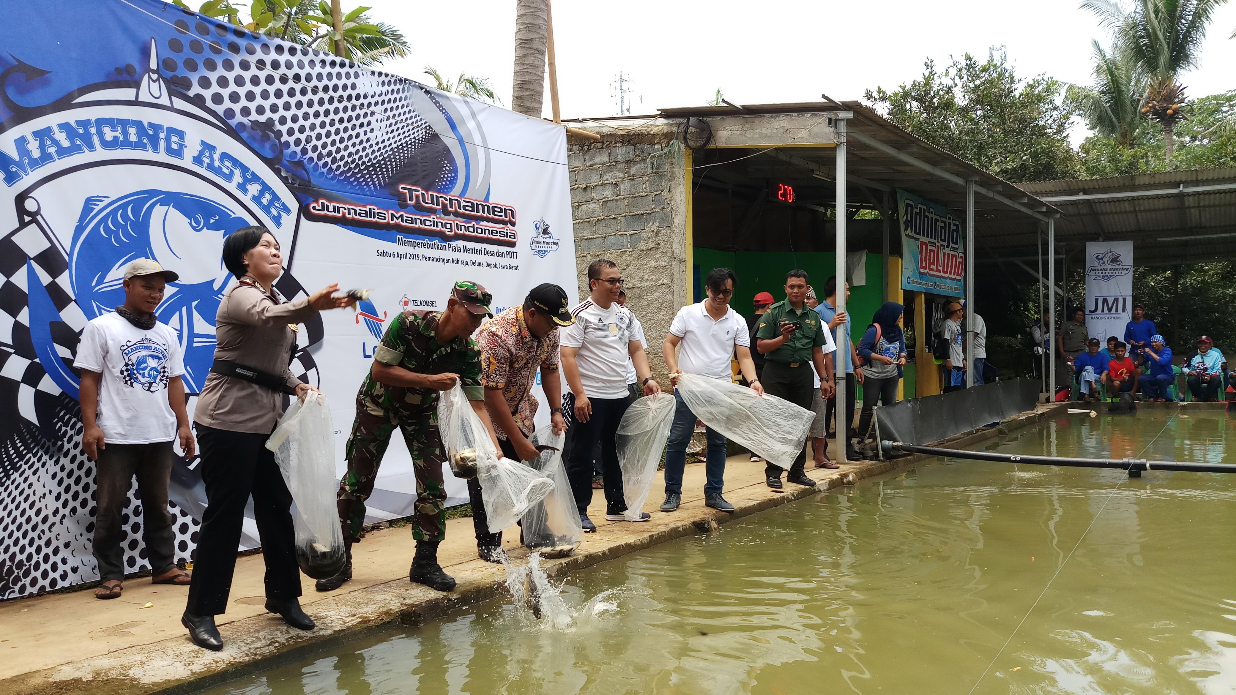 Lomba Mancing Piala Menteri Desa Sukses Digelar