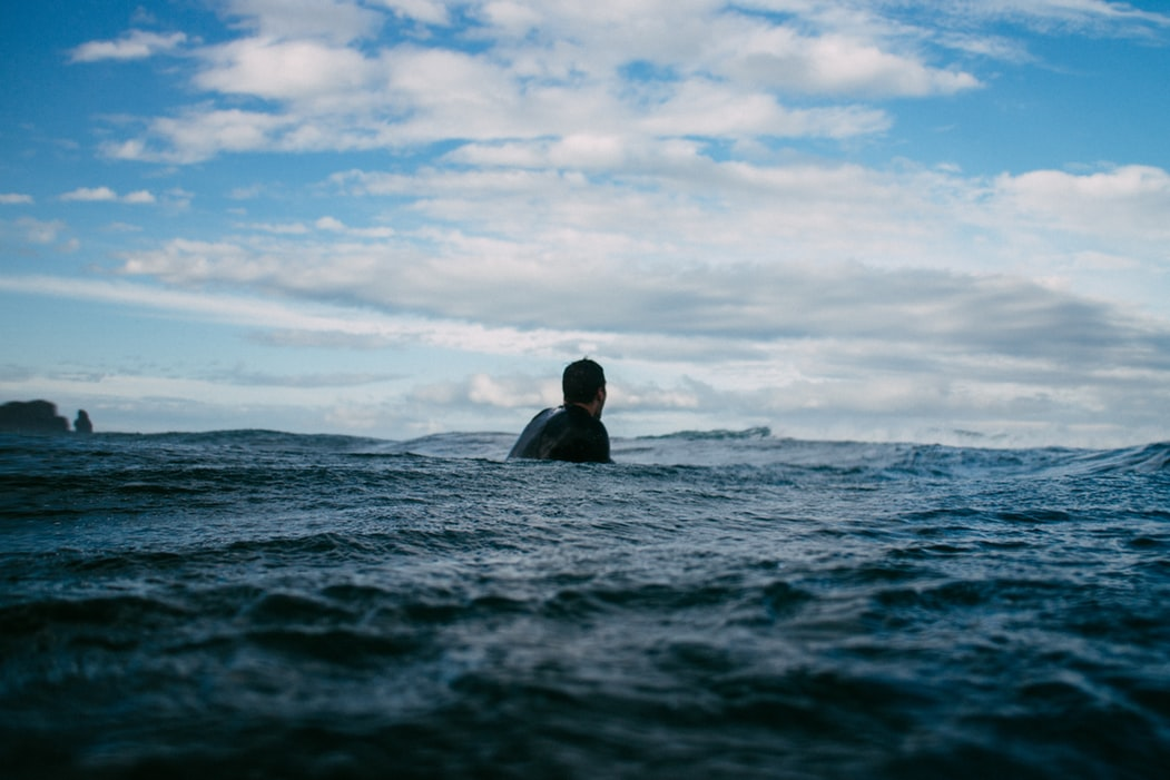 Bila Mengalami Kapal Tenggelam, Apa yang Harus Dilakukan?