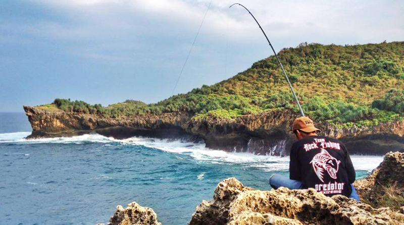 Hal keselamatan apa saja yang harus diperhatikan saat rock fishing?