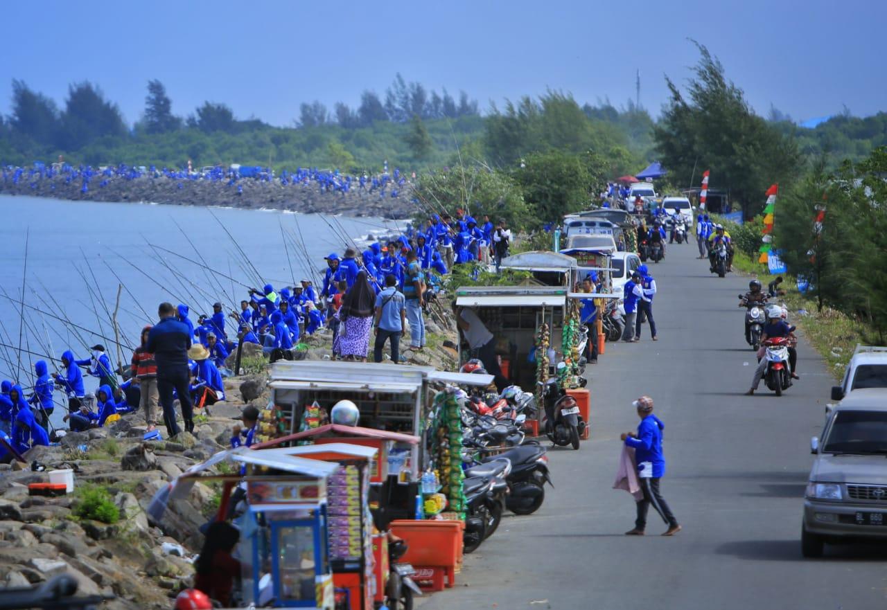 Banda Aceh Fishing Tournament Sukses 'Birukan' Pantai Gampong Jawa